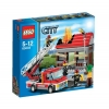 Lego City – 60003 – Jeu de Construction – L'intervention du Camion de Pompier