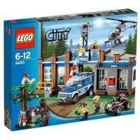 Lego City – 4440 – Jeu de Construction – Le Poste de Police en Forêt